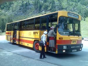 HPV-Verkehrsbetriebe mit Eni-Tankstelle und Stüberl
